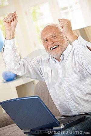 happy-old-man-on-laptop-5897265b08252.jp